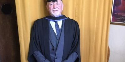 MET student overcomes dyslexia to achieve degree aged 77
