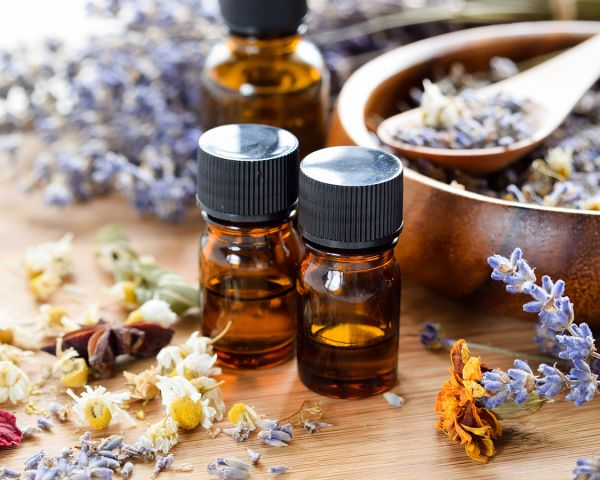 Aromatherapy oils and lavender